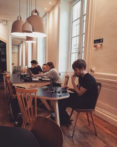 喫茶店やカフェでの勉強